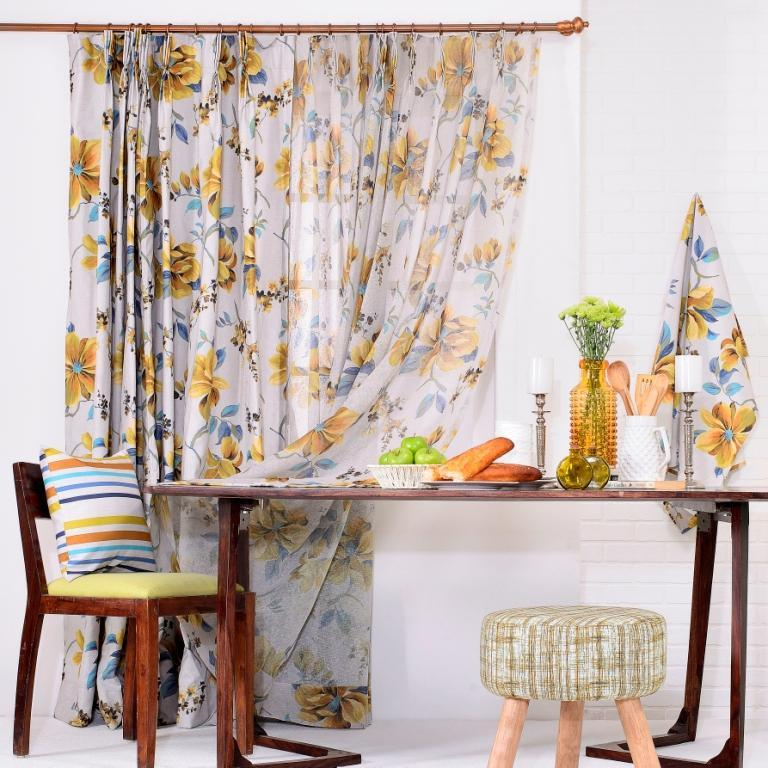 Top Five Kitchen Window Treatment Ideas