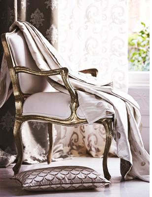 Top Tips for Window Treatments in Small Spaces